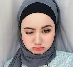 Beberapa Trik Untuk Memilih Hijab Bagi Anda Yang Berpipi Tembem