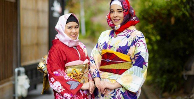 Inilah Model Kimono Khusus untuk Wanita Berhijab
