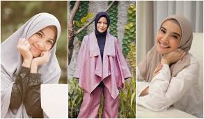 Artis ini Setelah Menikah Dapat Hidayah dan Istiqomah Pakai Hijab