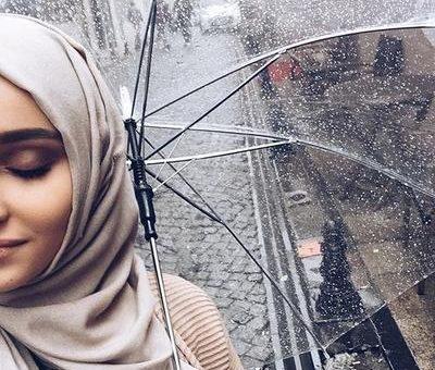 Tips Agar Nyaman Memakai Hijab Pada Saat Di Musim Hujan