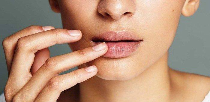 Penyebab Bibir Kamu Menjadi Hitam Tanpa Di Sadari Ada beberapa Faktor.