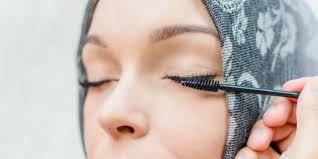 Tips Untuk Membuat Bulu Mata Hijaber Menjadi Panjang dan Tebal