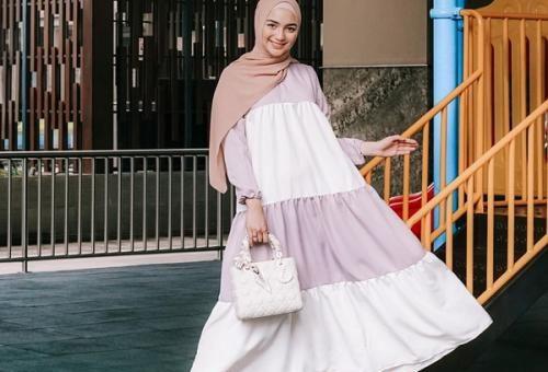 Model Gaya Hijab ala Citra Kirana Paling Tepat untuk Work from Home (WFH)