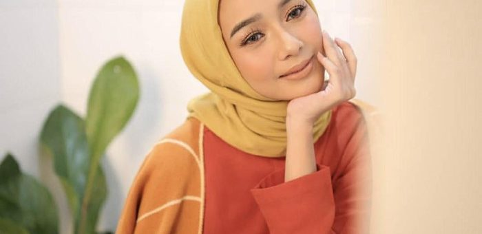 Warna Warni Hijab Yang Cocok Untuk Hijaber Berkulit Sawo Matang