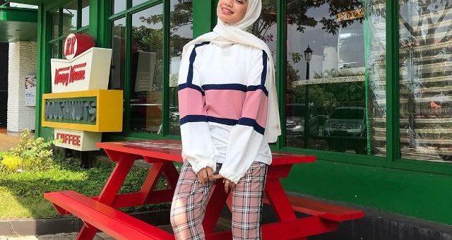 Mix and Match Outfit Sweater Khas Selebgram Adiva Selsa
