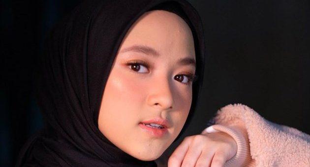 Hijab Serba Pink, Yuk Intip Penampilan Manis Nissa Sabyan
