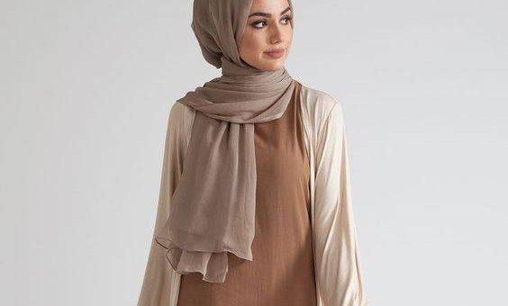 Beberapa Tips Pakai Baju Warna Mocca yang Serasi Dengan Hijab