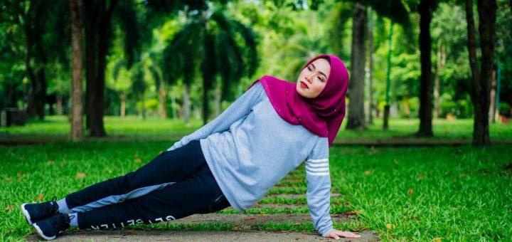 Rekomendasi Celana Lari Khusus Hijabers Supaya Tetap Keren Saat Berolah Raga