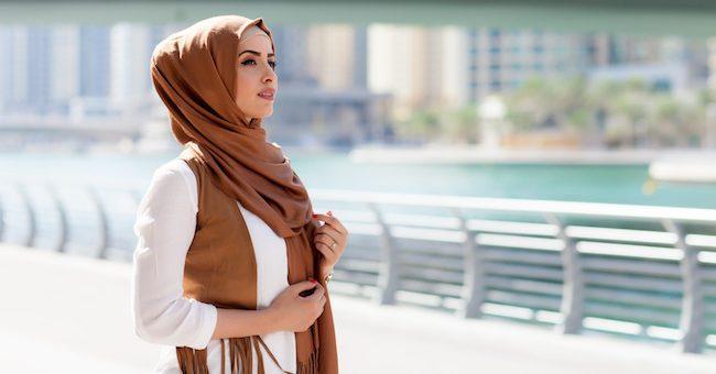 Beberapa Tips Hijab Anti Panas Supaya Bebas Melakukan Aktivitas