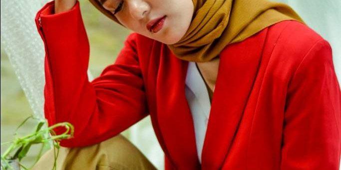 Agar Hijab Kamu Tidak Bau, Hijaber Sebaiknya Ikuti Tips Ini.