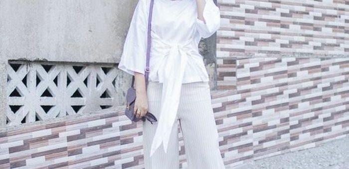 Inspirasi Mix and Match Hanya Dengan Hijab Outfit dan Celana Putih