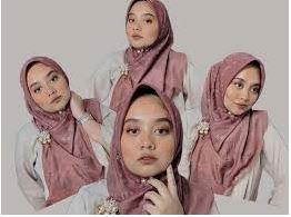 Tips Mengenakan Hijab Pashmina Agar Wajah Bulat Akan Terlihat Tirus