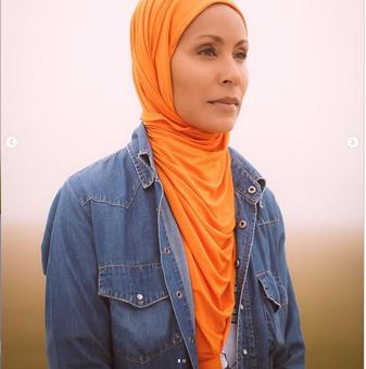 Memakai Hijab, Istri Aktor Hollywood Will Smith Banyak Tuai Pujian