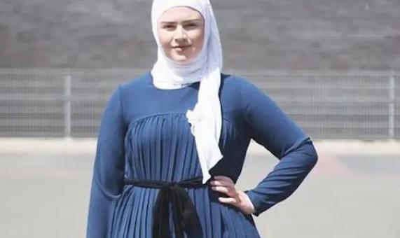 Beberapa Fashion Item yang Harus Dimiliki Hijaber 'Plus Size'