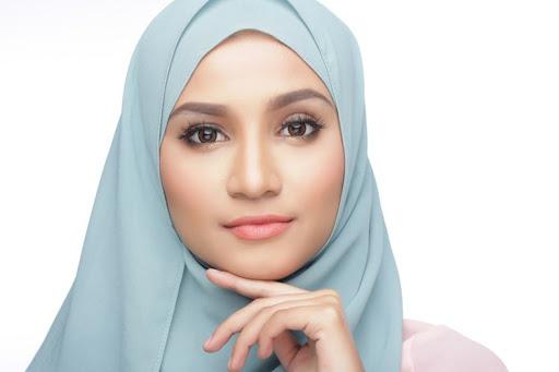 Beberapa Cara Untuk Membuat Bibir Akan Terlihat Pink Secara Alami