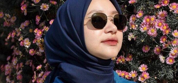 Aneka Warna Hijab yang Membuat Wajah Tampak Lebih Cerah