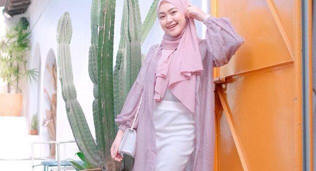 Tutorial Hijab Diamond Scarf Menutup Dada