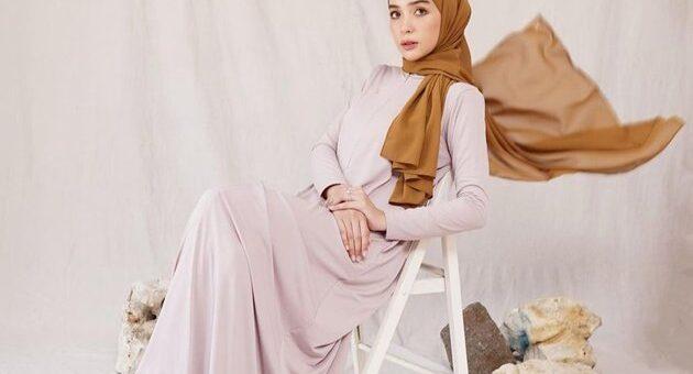 Feminin Style Rekomendasi Hijab Outfit Untuk Aktifitas Sehari-hari