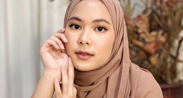 Tutorial Hijab Scarf / Segi Empat untuk Harian Kamu, Bisa Syari juga!