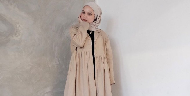 Hijab OOTD Tunik Untuk Hijaber yang Bertubuh Mungil